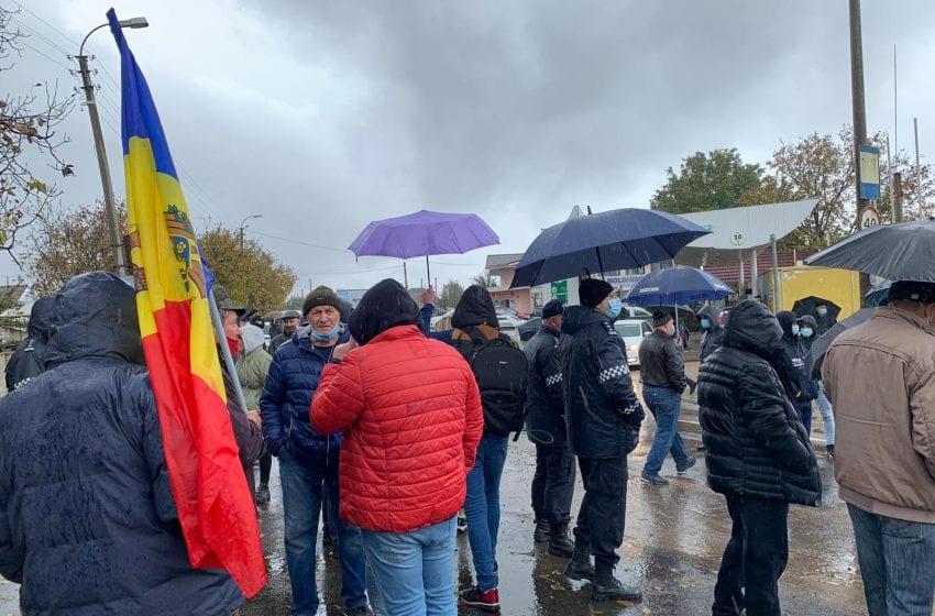 VIDEO. Pregătiri pentru turul II la Varnița: Poliția din Bender s-a întâlnit cu veteranii