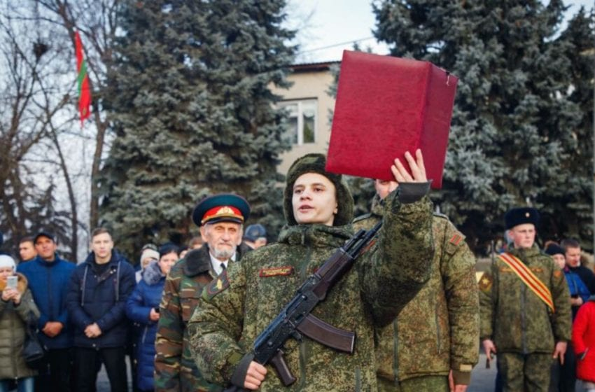 VIDEO. Strigăt de disperare al unui soldat din așa-numita armată din regiunea transnistreană: Suntem tratați ca niște robi